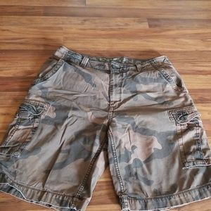 💥4/$10💥 Men's size 34 Arizona shorts